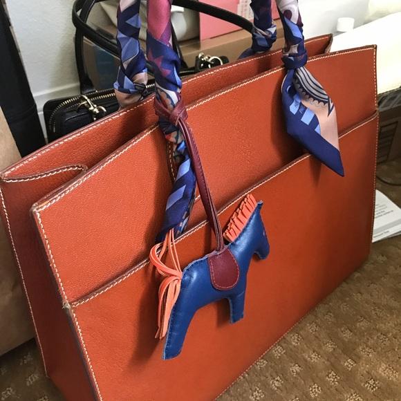 Hermes Handbags - Hermes White Bus Bag in Brown. cc3f1b5f04